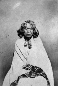 « Te Rangi Pikinga », photographe et date inconnus. © Alexander Turnbull Library, National Library of New Zealand, Te Puna Mātauranga o Aotearoa, Patrick Parsons Coll. (PAColl-5706). Réf. : 1/2-058453.