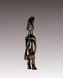 Figurine féminine, Sénoufo, Côte d'Ivoire. Bois. H. : 19 cm. © Coll. Mina et Samir Borro, Bruxelles.
