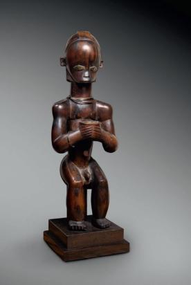 Figure d'ancêtre, Fang, Gabon. Bois. H. : 55 cm. Ex. coll. Roland Tual. © Coll. privée.