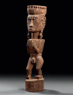 Figure d'ancêtre, île de Tanimbar, Indonésie. Bois. H. : 64 cm. Ex-coll. Roland Tual. © Coll. privée.